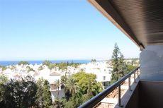 Apartamento con vistas al mar en la Milla de Oro