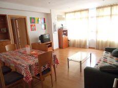 Estupendo piso totalmente reformado de tres habitaciones
