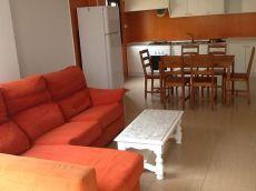 Se alquila bonito piso en Manacor