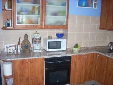 Apartamento muy bonito con jard�n