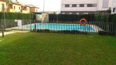 Piso 1 planta amueblado 3 dormitorios piscina y garaje