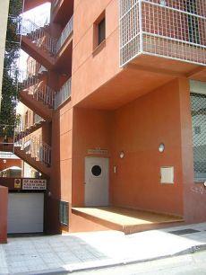 San Isidro se alquila piso 2 habitaciones