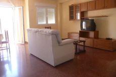 Se alquila piso reformado en Granada