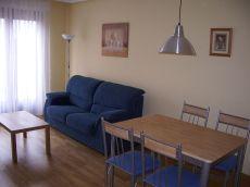 Se alquila apartamento amueblado de dos habitaciones