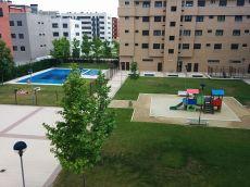 Estupendo piso, nuevo, piscina, trastero y plaza garage