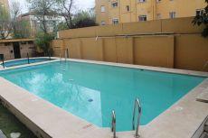 Estupenda vivienda en zona club antares con piscina