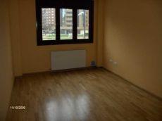 Apartamento vac�o en el Nuevo Vallob�n. Oviedo