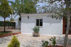 Alquilo casa adosada a chalet en urbanizacion en Lliria