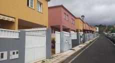 Casa amplia en alquiler y venta