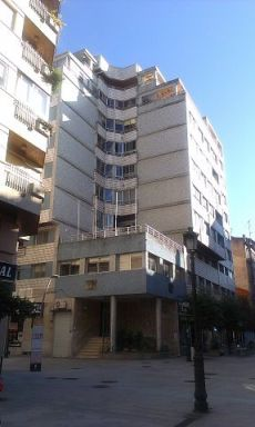 Se alquila piso en el centro Vilagarc�a de Arousa