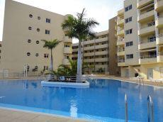 Apartamento nuevo 2 l�nea de mar en Adeje