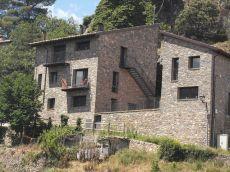 Casa de nueva construcci�n en Bresca, excelente iluminaci�n