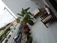Amplio piso 2 dormitorios, gran terraza, garaje trastero