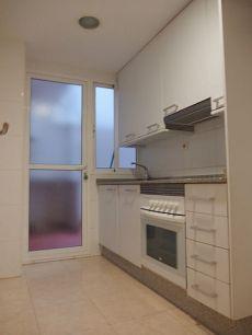 Amplia vivienda reformada en el centro de Valencia