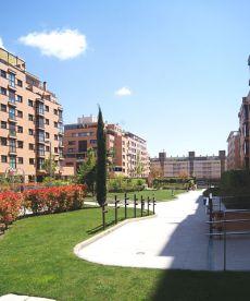 Piso nueva construcci�n 120 m2 en urbanizaci�n privada.