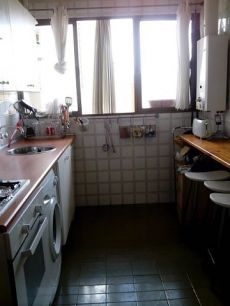 Piso, Nervi�n - Eduardo Dato - Ram�n y Caj�l, 4 dormitorios.