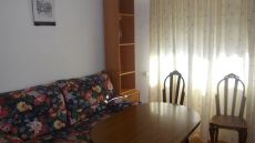 Piso 2 dormitorios chana 260 euros