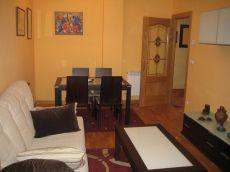 Bonito y c�lido apartamento con plaza de garaje, terraza.
