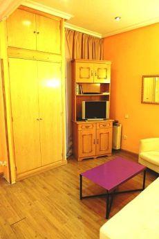 Piso de 3 dormitorios amueblado preparado para estudiantes