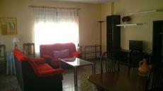 Alquilo piso centrico en Albacete. Amueblado, muy luminoso.