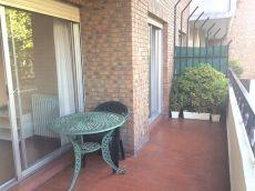 Las Arenas Metro Amplio apartamento con terraza