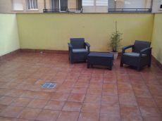 Planta baja en alquiler amueblado con gran terraza