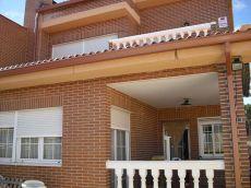 Chalet pareado 250 m2, piscina, garaje, jardin, 4 hab. , 3 b