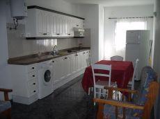 Se alquila piso en Guargacho, de tres habitaciones
