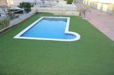 Magnifica Casa con jardin piscina y garaje.