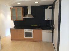 Apartamento reformado con cocina montada, junto a gran via