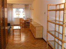 Apartamento exterior, amueblado, buen estado y buena finca