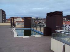 Apartamento c�ntrico, a la estaci�n de tren con piscina