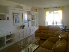Alquilo amplio y luminoso piso en Villa Ascensi�n