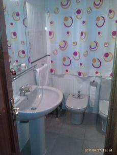 Particular alquila piso 4 dormitorios calle mulhacen