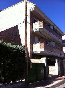 Alquiler de piso, 1 habitaci�n y 1 ba�o en Villalba Estaci�n