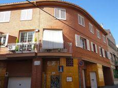 Casa adosada unifamiliar en perfecto estado en Horta