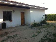 Alquilo casa individual con parcela independiente