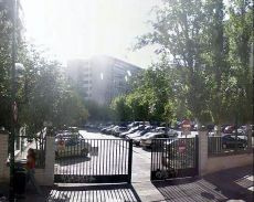 Alquiler en Aluche en urbanizaci�n cerrada con aparcamiento