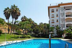 En centro Marbella, 1 dormitorio. Piscina y jard�n