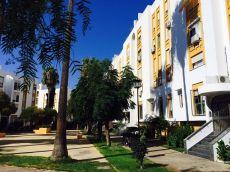 Avenida del Ej�rcito, amplio piso con terraza y ascensor