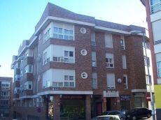 Particular alquila apartamento con piscina y terraza de 15 m