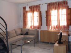 Junto al Arco de Elvira apartamento duplex de 1 dormitorio