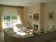 Villa centrica en marbella con jardin y piscina privados