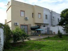 Casa 3 dormitorios con gran Patio en Olivares. Sevilla