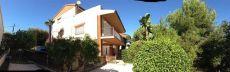 Casa a 4 vientos con jardin de 500m2
