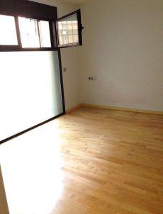 Precioso piso con terraza en pleno centro de Barcelona