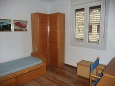 Amplio piso en la calle Badaia