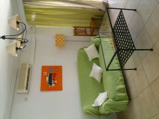 Se alquila piso en zona Macarena, calle Granate, Sevilla