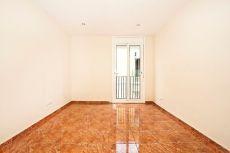 Luminoso piso reformado en el Raval