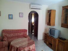 Piso 3 habitaciones,cocina, ba�o,aire acondicionado